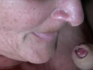 amateur  blowjob  closeup