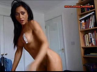 arab  babe  muscle