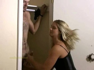 jerking   mistress   naked
