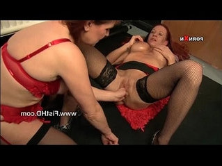 fisting  horny  lady