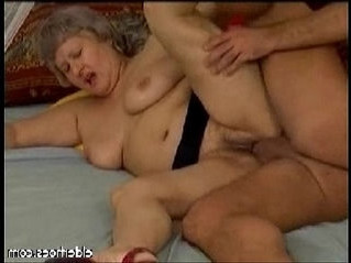 enjoying   gilf   horny