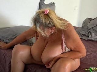 boobs  fat  gilf