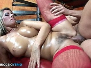 babe  creampie  natural tits