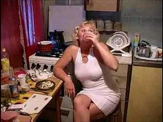 fuck  kitchen  mom