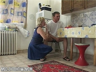 creampie   lady   stepmom