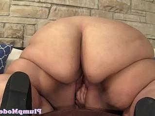 huge tits  pussy  seduction