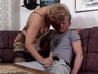 bizarre  blonde  gilf