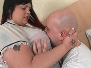 fuck  honey  huge tits