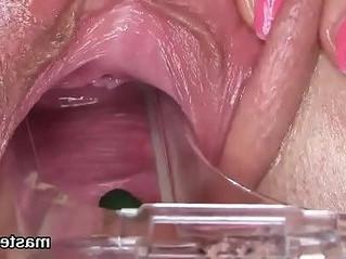 bizarre  czech  pussy